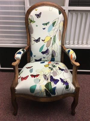 Fauteuil papillons - Tapissier fauteuil, restauration fauteuil proche Strasbourg (67/Bas-Rhin/Alsace)