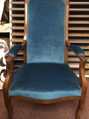 Fauteuil bleu - Tapissier fauteuil, restauration fauteuil proche Strasbourg (67/Bas-Rhin/Alsace)